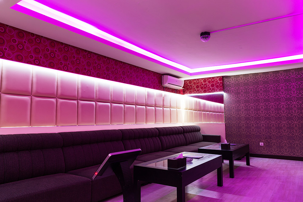 Apita hotel gallery for Karaoke room design ideas